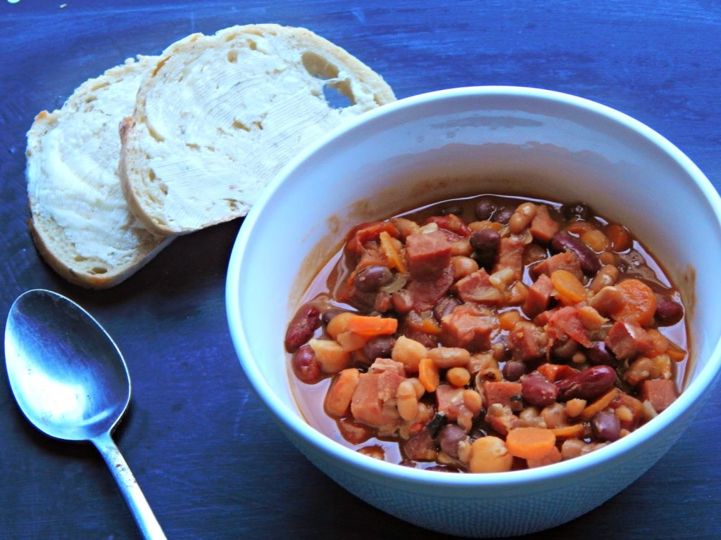 simple ham and beans recipe / Melissa Kaylene