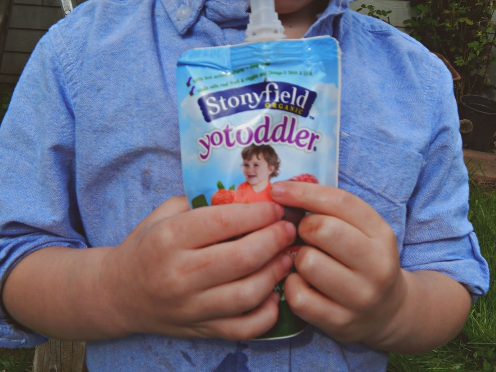 Fun in the sun with @stonyfield @melissakaylene