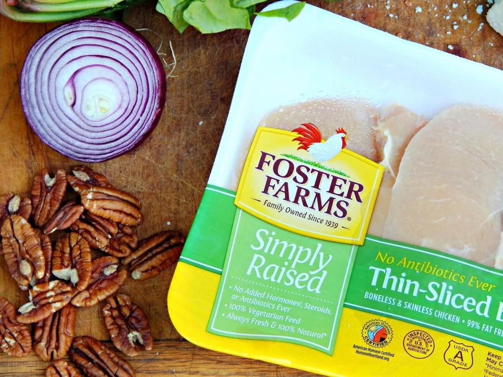 Here's a recipe for a delicious Strawberry Chicken Salad #FosterFarmsFresh AD